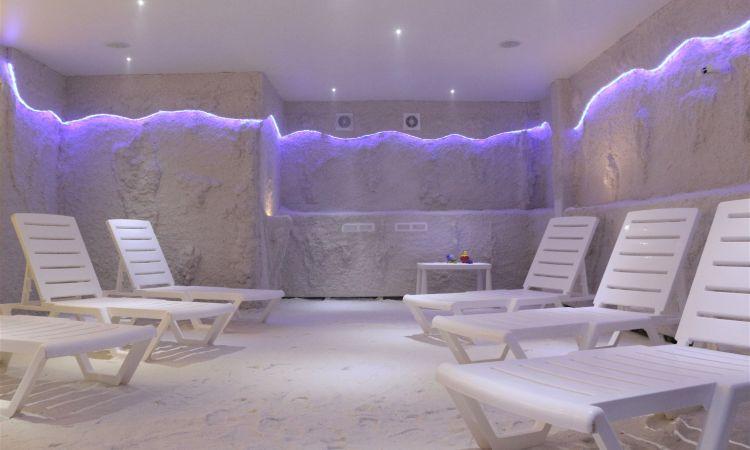 Галотерапия (соляная пещера)